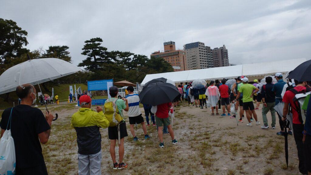 オカザキリバーサイドマラソン(愛知県、2021年)~雨の中の河川敷ハーフ